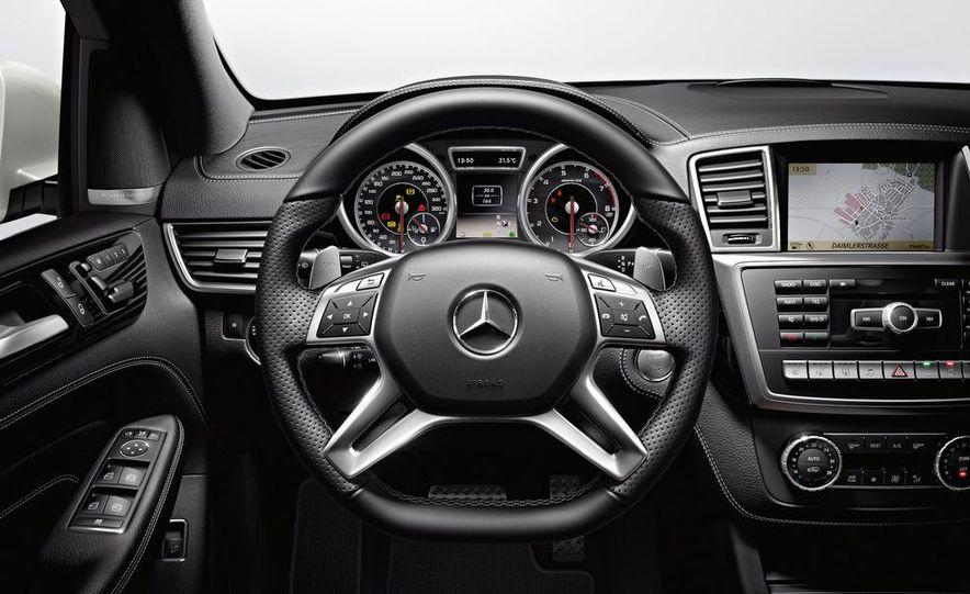 2012 Mercedes-Benz ML63 AMG - Slide 34