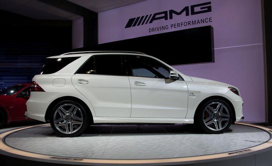 2012 Mercedes-Benz ML63 AMG - Slide 4