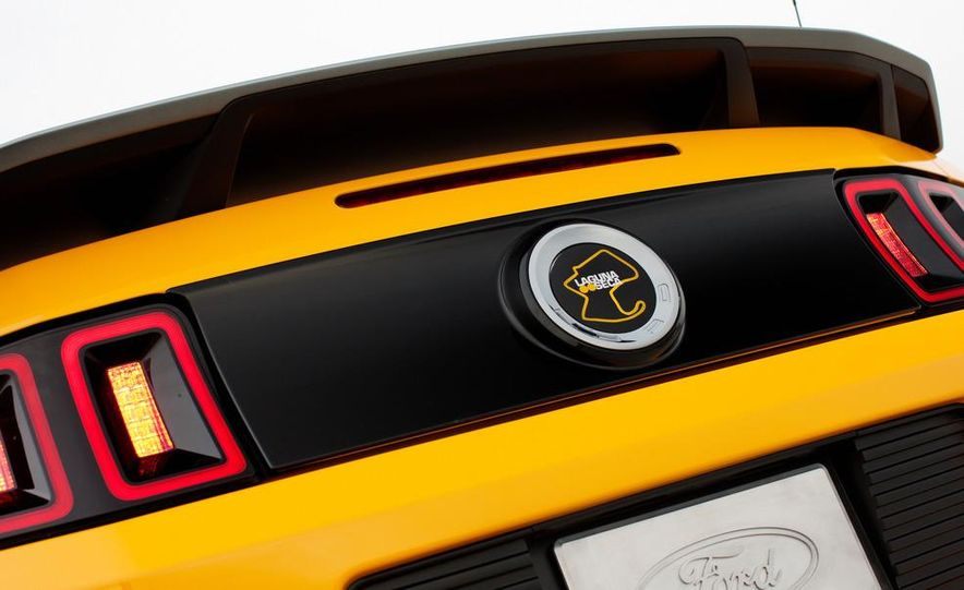 2013 Ford Mustang Shelby GT500 - Slide 37