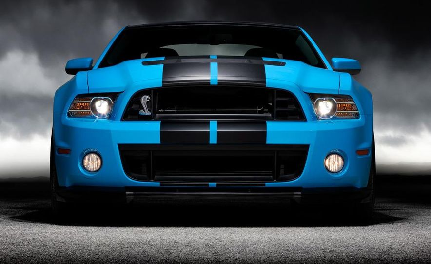 2013 Ford Mustang Shelby GT500 - Slide 18