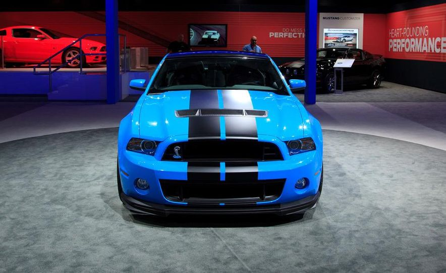 2013 Ford Mustang Shelby GT500 - Slide 7
