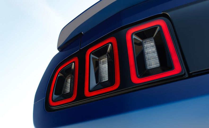 2013 Ford Mustang Shelby GT500 - Slide 59