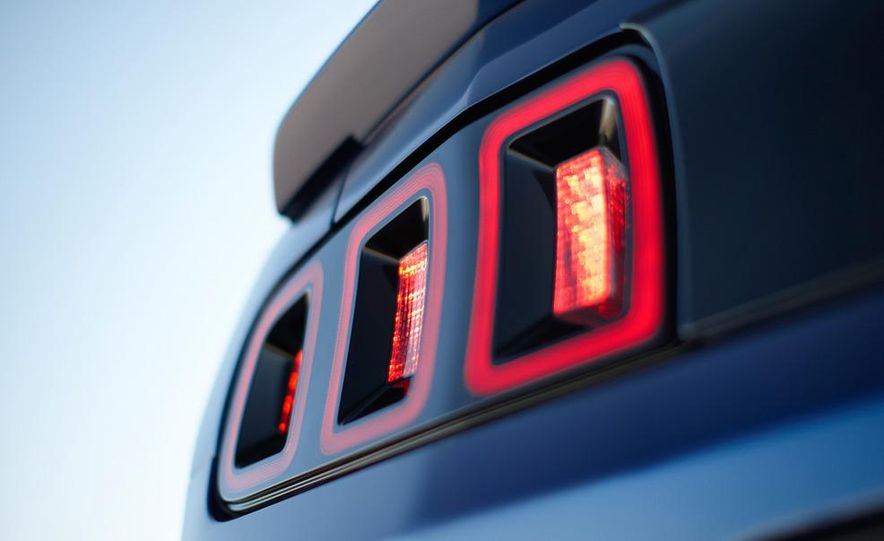 2013 Ford Mustang Shelby GT500 - Slide 61