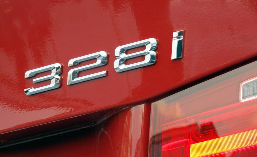 2012 BMW 320d Modern sedan, 328i Luxury sedan, and 328i Sport Line sedan - Slide 65