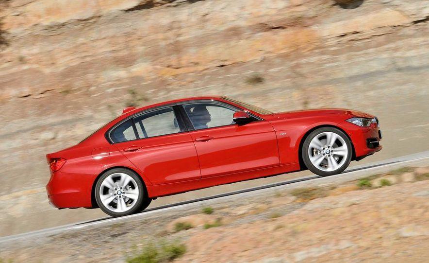 2012 BMW 320d Modern sedan, 328i Luxury sedan, and 328i Sport Line sedan - Slide 22