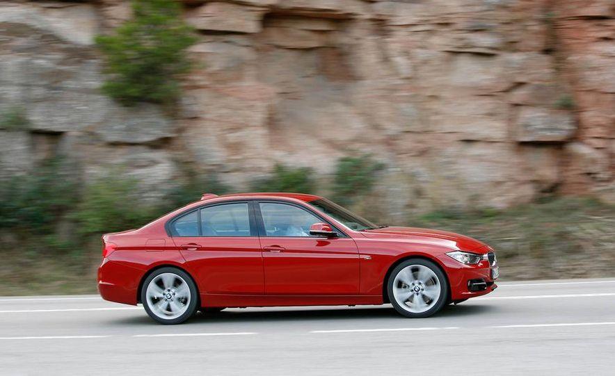 2012 BMW 320d Modern sedan, 328i Luxury sedan, and 328i Sport Line sedan - Slide 32