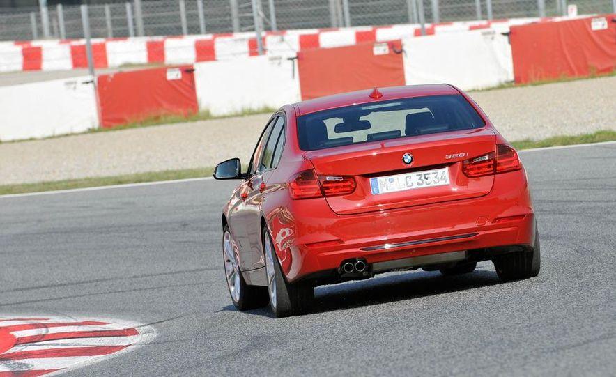 2012 BMW 320d Modern sedan, 328i Luxury sedan, and 328i Sport Line sedan - Slide 39