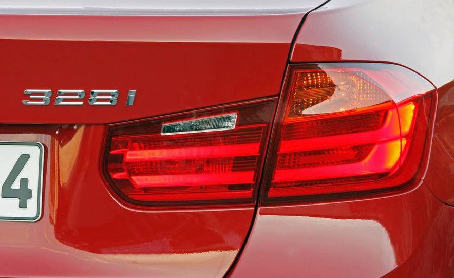 2012 BMW 320d Modern sedan, 328i Luxury sedan, and 328i Sport Line sedan - Slide 66