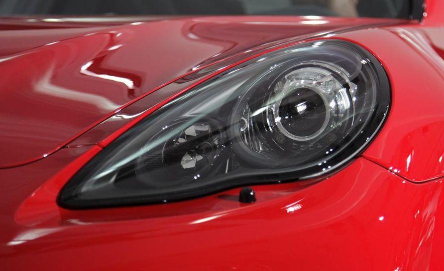 2013 Porsche Panamera GTS - Slide 11
