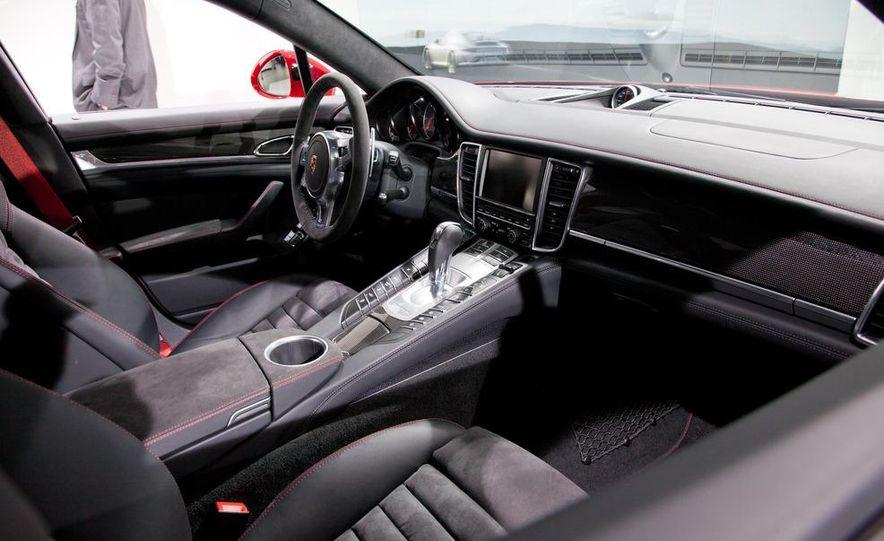 2013 Porsche Panamera GTS - Slide 15