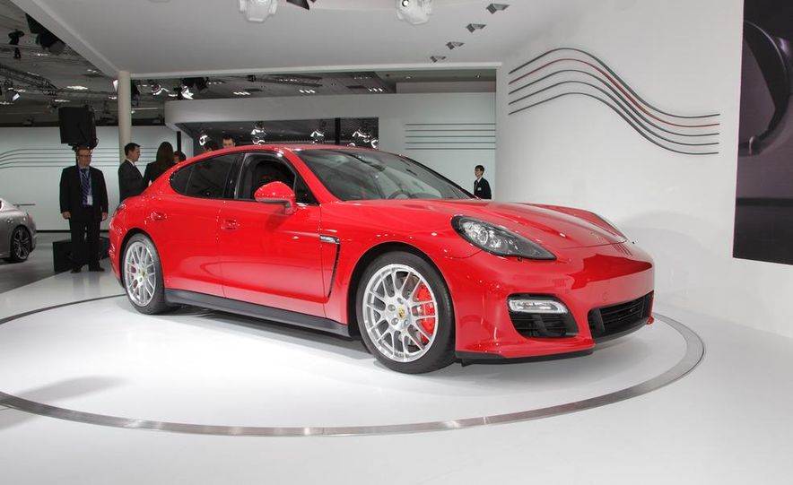 2013 Porsche Panamera GTS - Slide 6