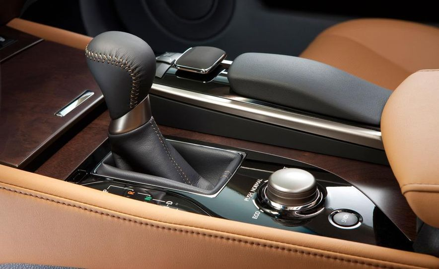 2013 Lexus GS350 - Slide 52