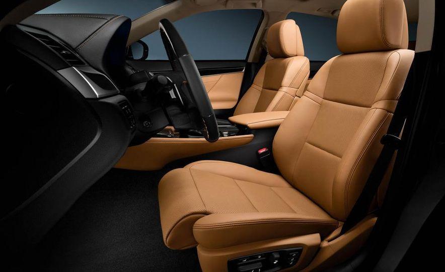 2013 Lexus GS350 - Slide 46
