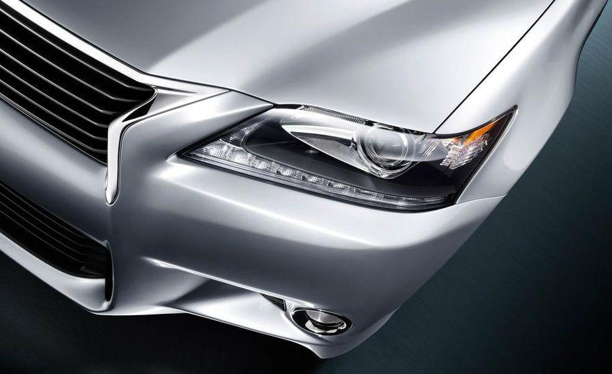 2013 Lexus GS350 - Slide 35