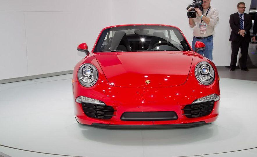 2012 Porsche 911 Carrera S Cabriolet - Slide 2