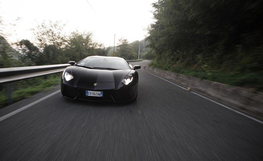 2012 Lamborghini Aventador LP700-4 - Slide 1