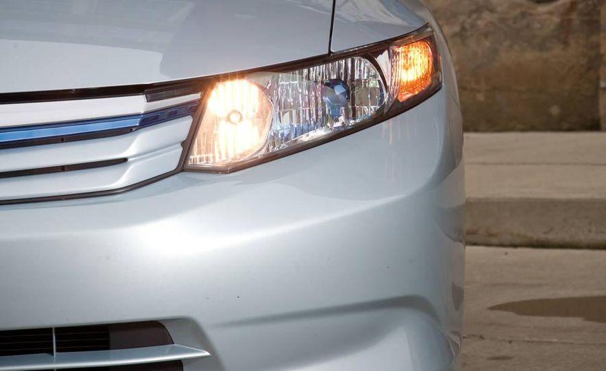 2012 Honda Civic hybrid - Slide 6