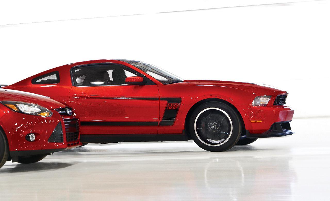 2012 Ford Mustang GT / Boss 302