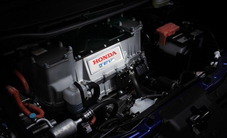 2013 Honda Fit EV - Slide 8
