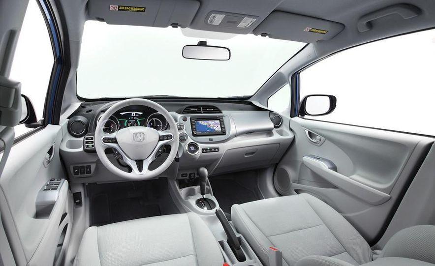 2013 Honda Fit EV - Slide 5