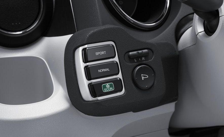 2013 Honda Fit EV - Slide 6