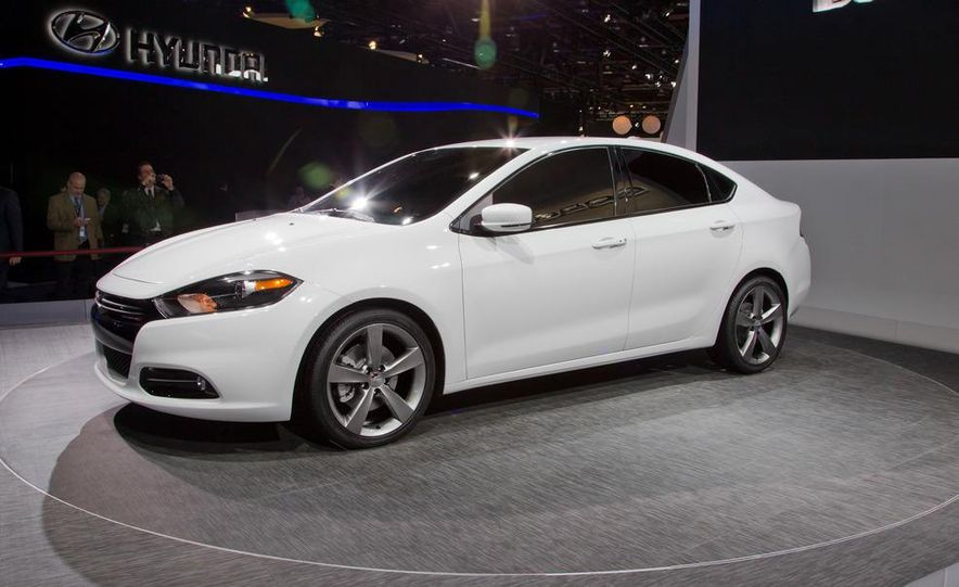 2013 Dodge Dart - Slide 1
