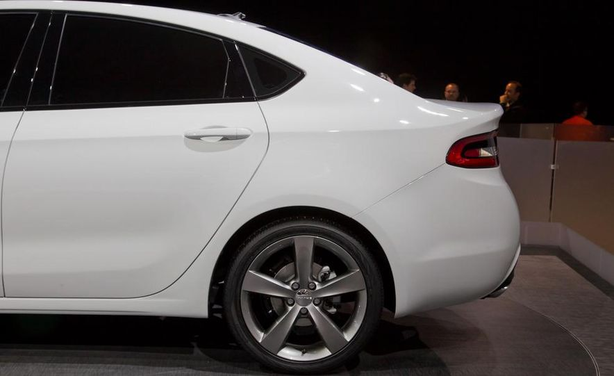 2013 Dodge Dart - Slide 11