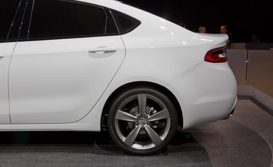 2013 Dodge Dart - Slide 12