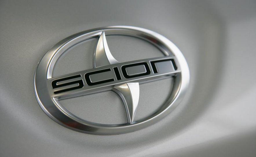 2013 Scion FR-S - Slide 11