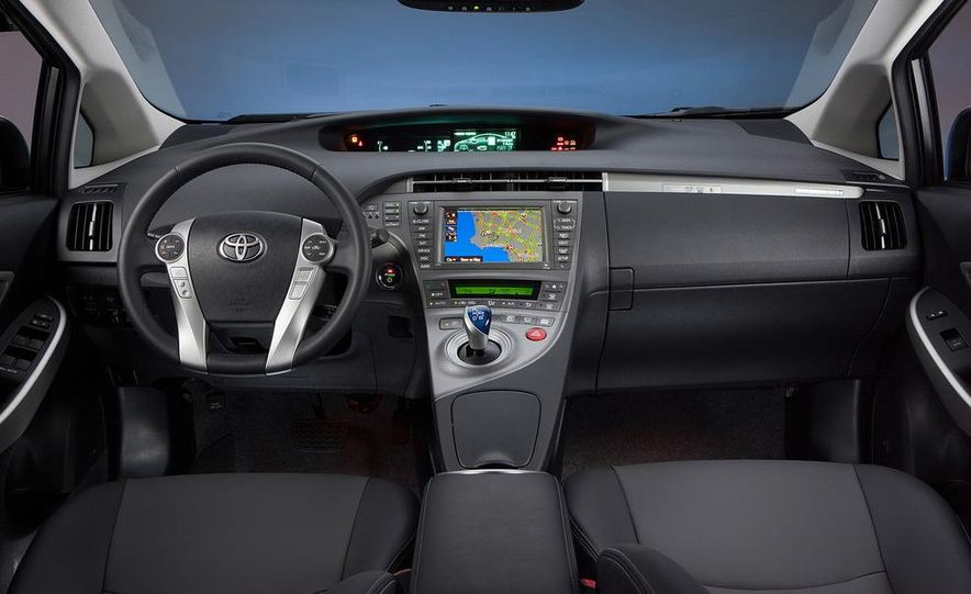 2012 Toyota Prius plug-in hybrid - Slide 22