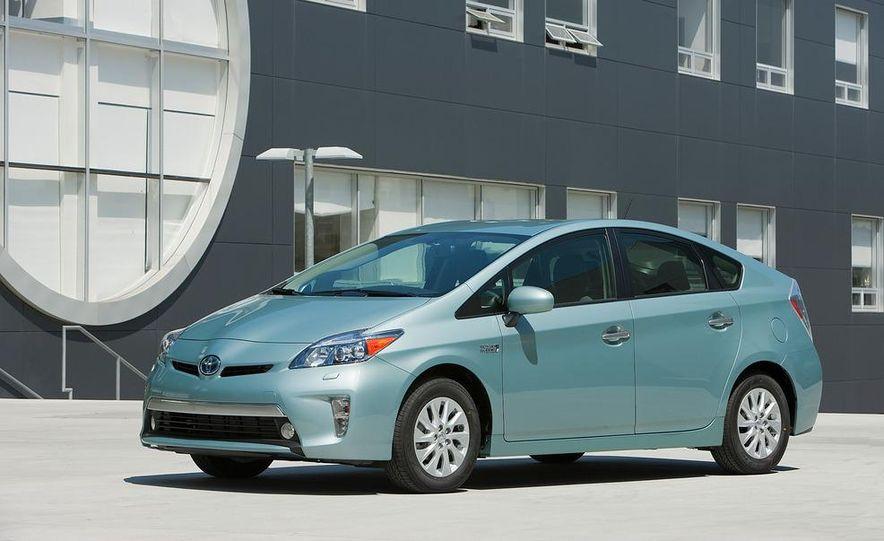 2012 Toyota Prius plug-in hybrid - Slide 14
