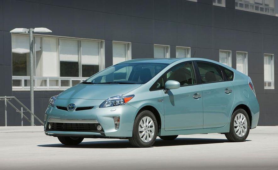 2012 Toyota Prius plug-in hybrid - Slide 15