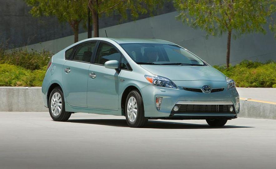 2012 Toyota Prius plug-in hybrid - Slide 16