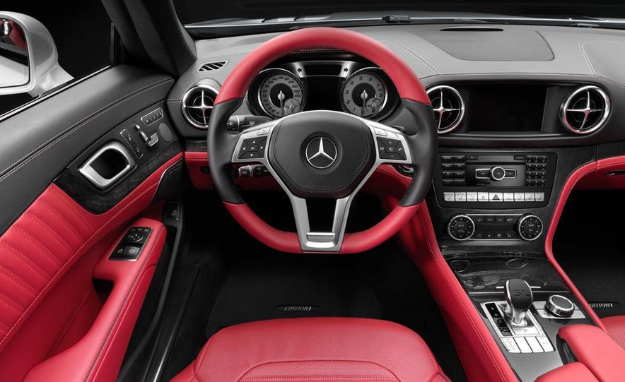 2013 Mercedes-Benz SL550 - Slide 35