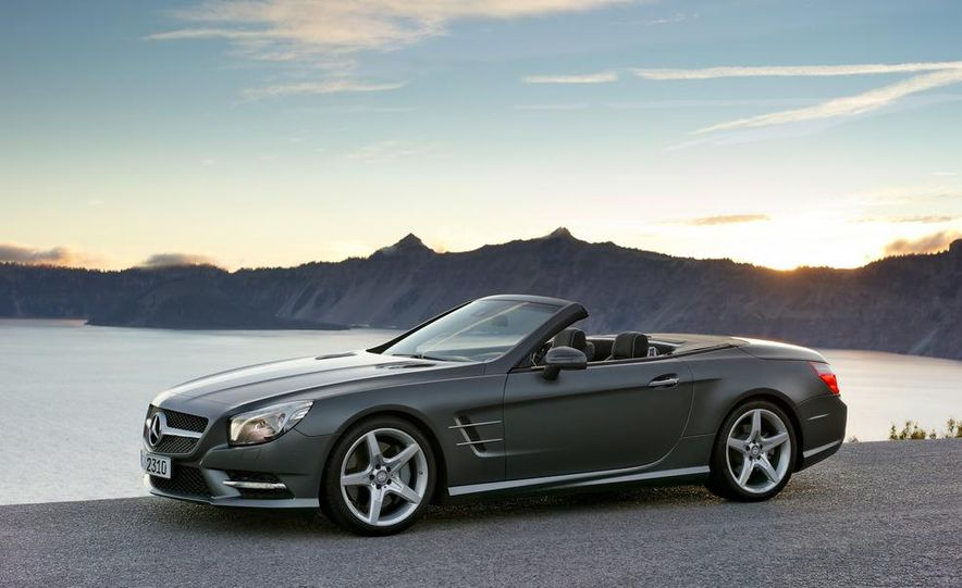 2013 Mercedes-Benz SL550 - Slide 23