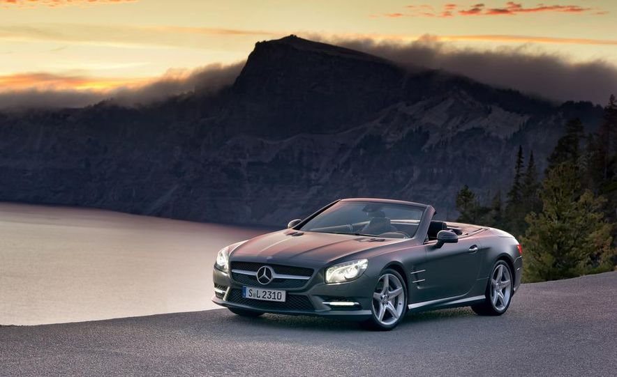 2013 Mercedes-Benz SL550 - Slide 24