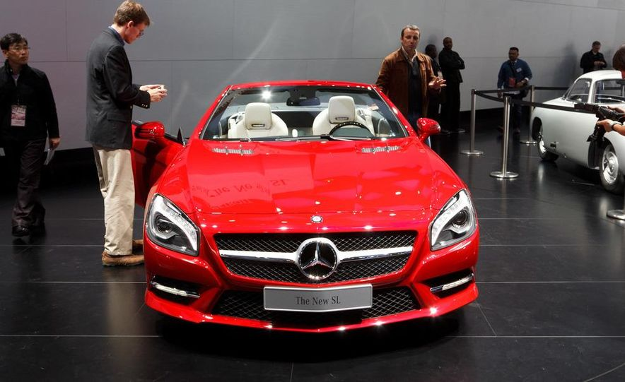 2013 Mercedes-Benz SL550 - Slide 2