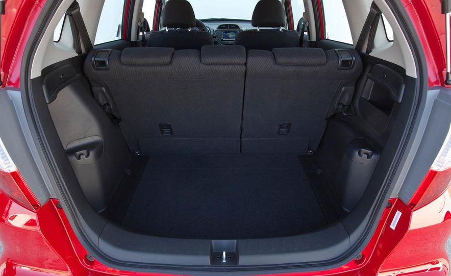 2011 Honda Jazz hybrid (Euro-spec) - Slide 33