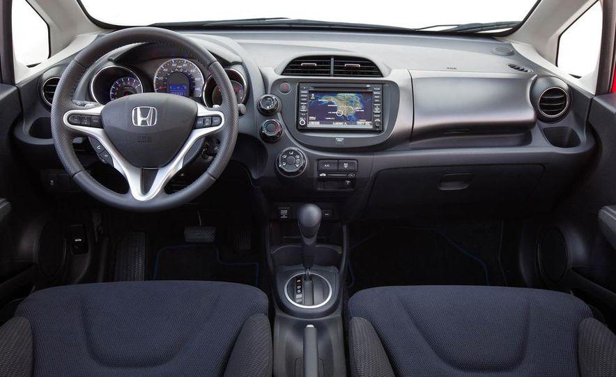2011 Honda Jazz hybrid (Euro-spec) - Slide 36