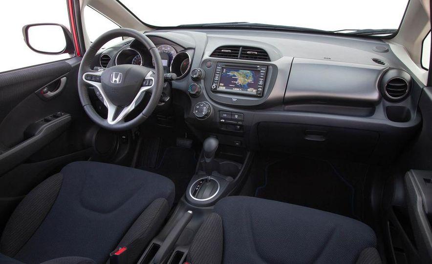 2011 Honda Jazz hybrid (Euro-spec) - Slide 37