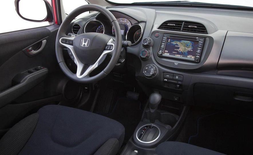 2011 Honda Jazz hybrid (Euro-spec) - Slide 38