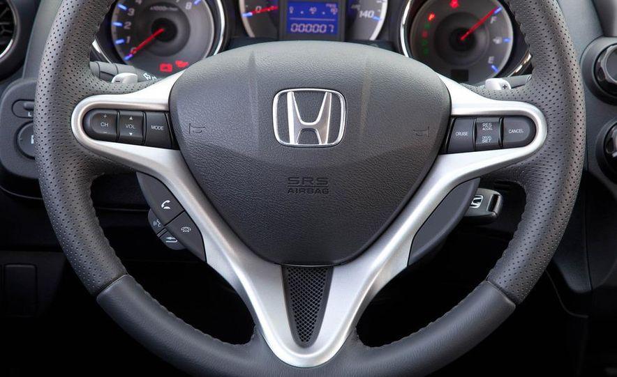 2011 Honda Jazz hybrid (Euro-spec) - Slide 39