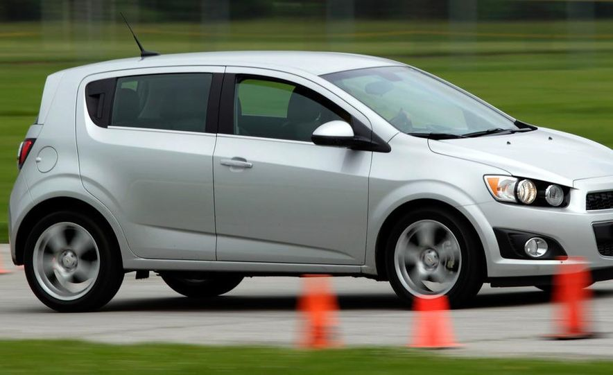 2013 Chevrolet Sonic RS - Slide 23