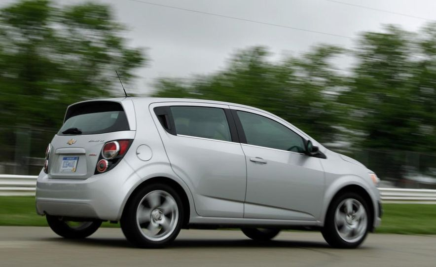 2013 Chevrolet Sonic RS - Slide 24