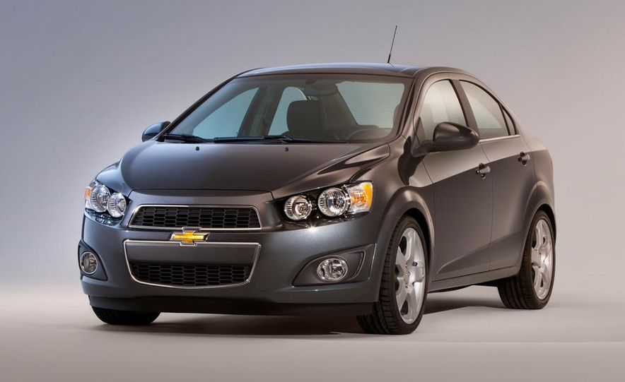 2013 Chevrolet Sonic RS - Slide 39