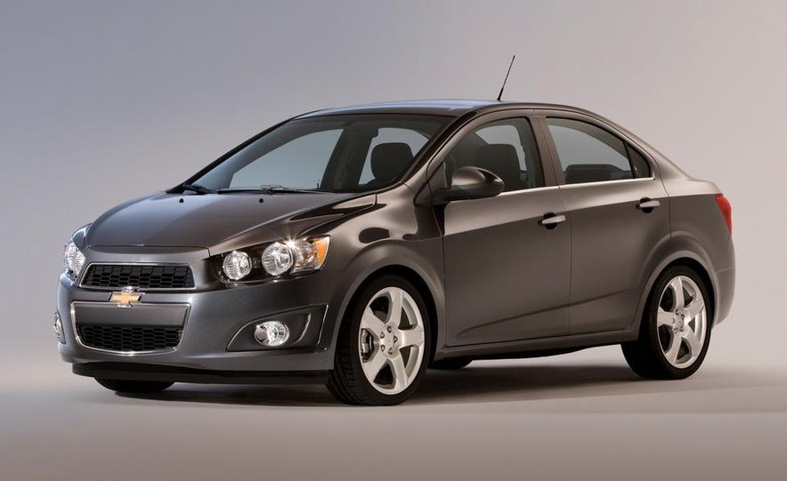 2013 Chevrolet Sonic RS - Slide 40