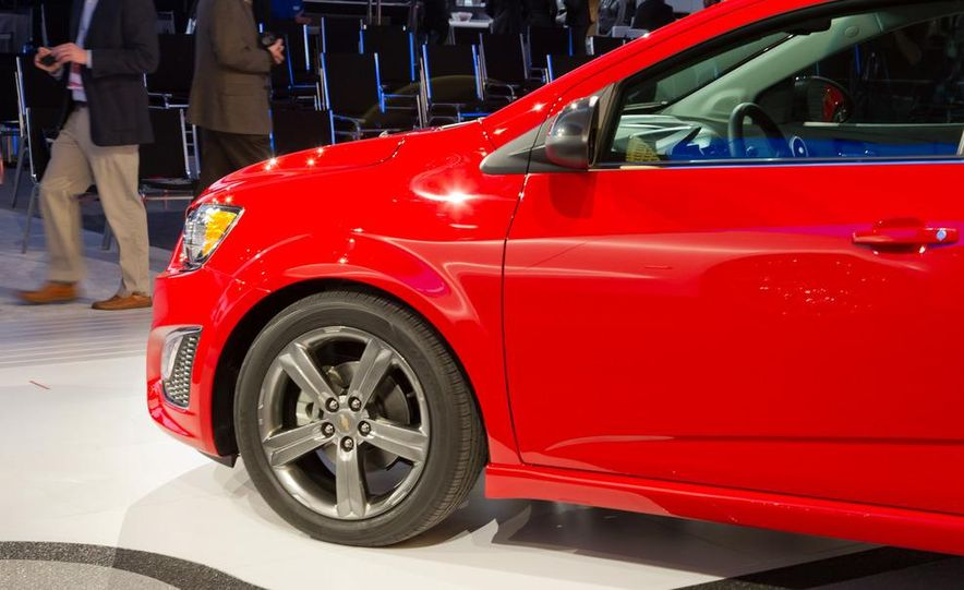 2013 Chevrolet Sonic RS - Slide 12