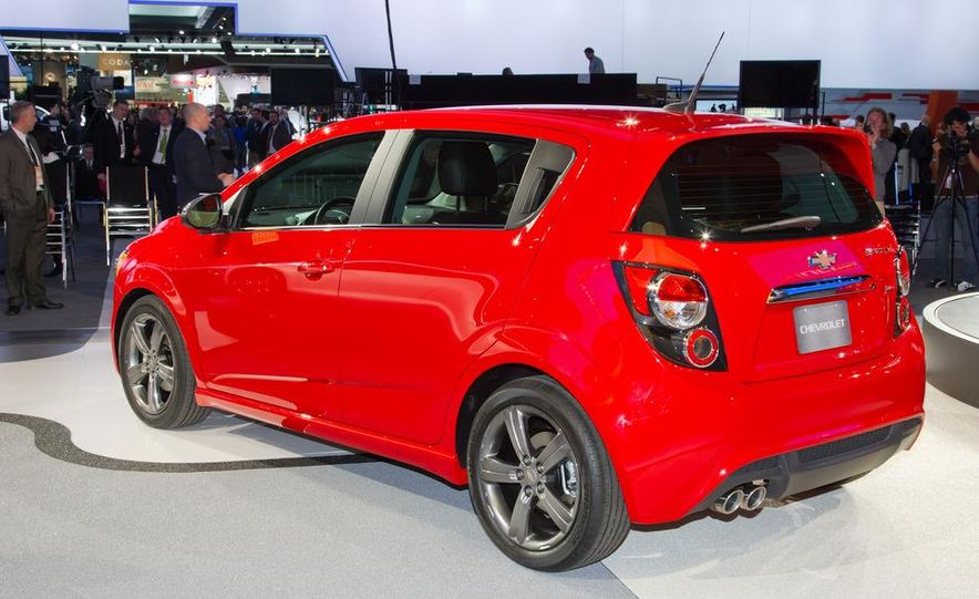 2013 Chevrolet Sonic RS - Slide 14