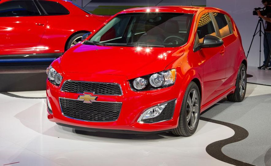 2013 Chevrolet Sonic RS - Slide 16