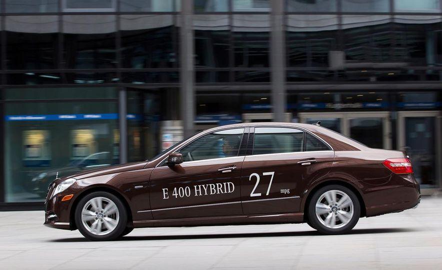 2013 Mercedes-Benz E400 Hybrid - Slide 7